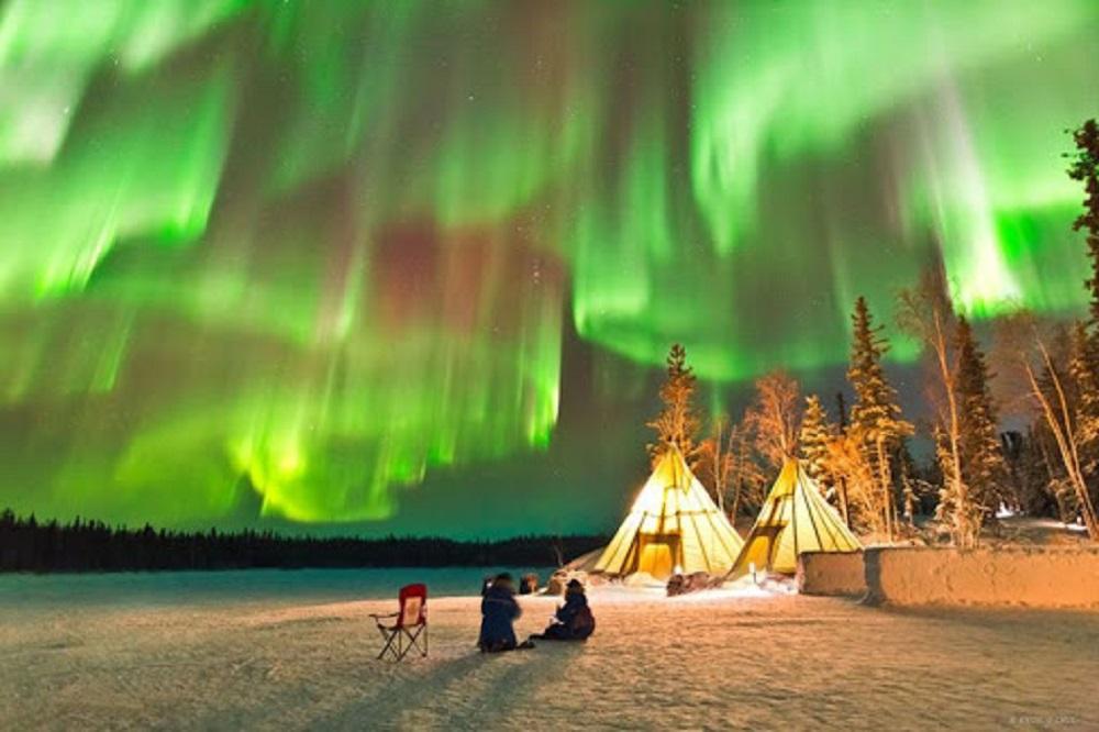 10 Tempat Terbaik Melihat Aurora Yang Wajib Dikunjungi