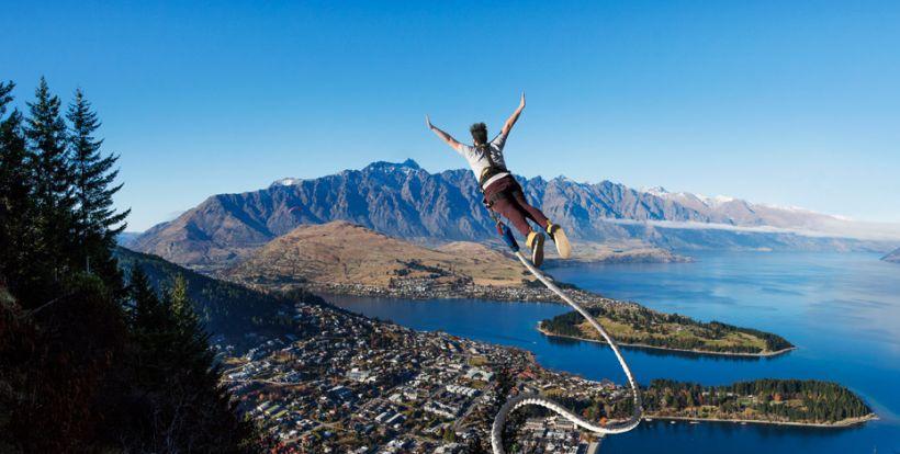 Bungee Jumping Dari Jembatan Ikonik Selandia Baru