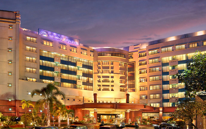 Hotel Grand Aquila Terbaik