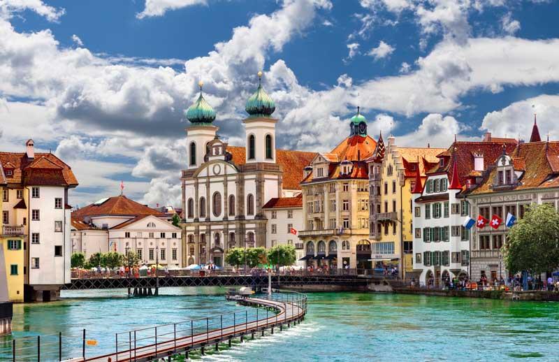 Kota Indah Lucerne di Swiss