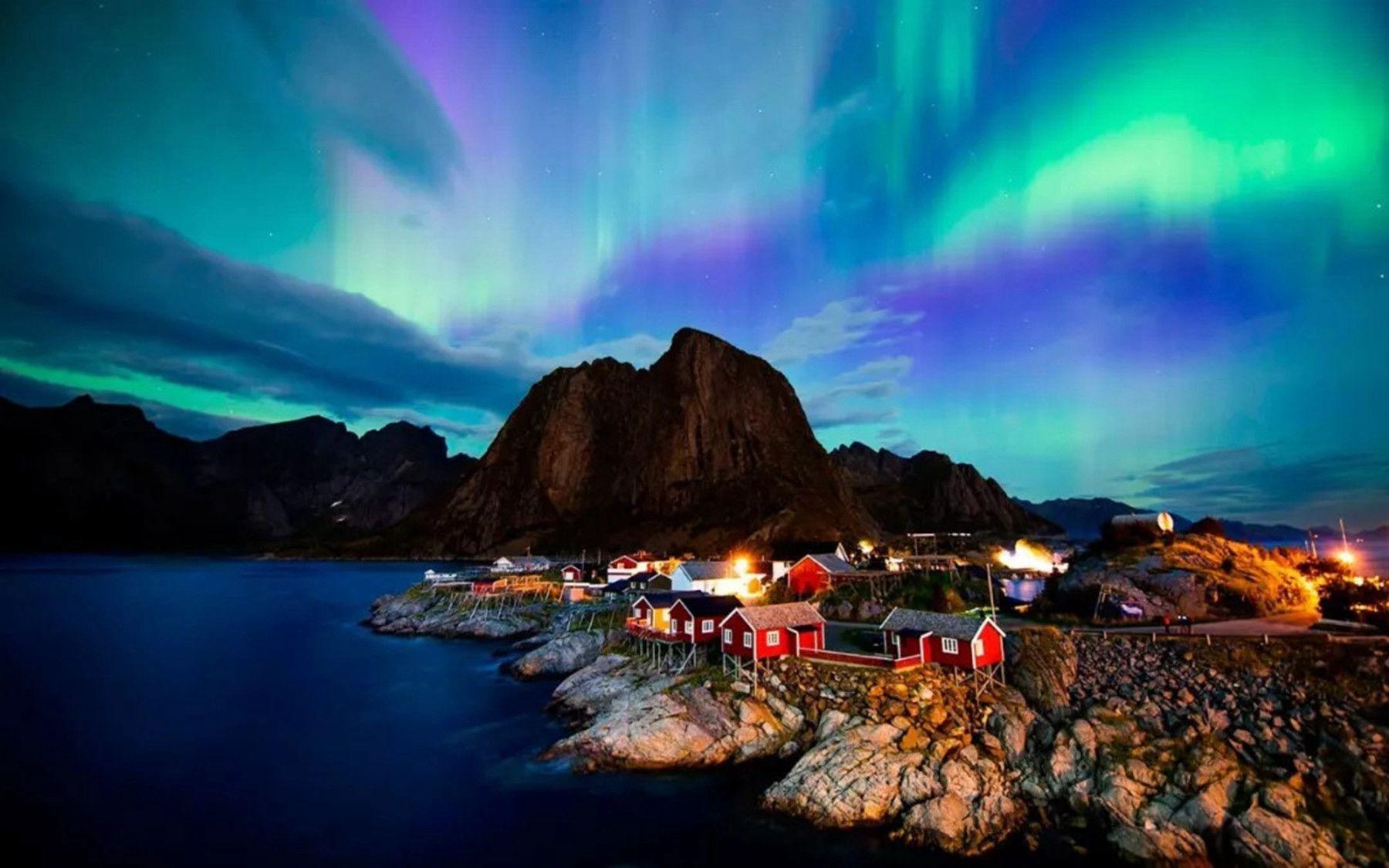 Menyaksikan Aurora di Tromsø