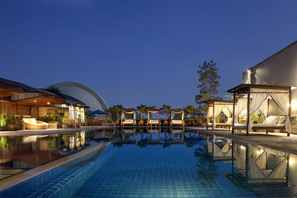 Rekomendasi Hotel Hyatt Regency Bandung.