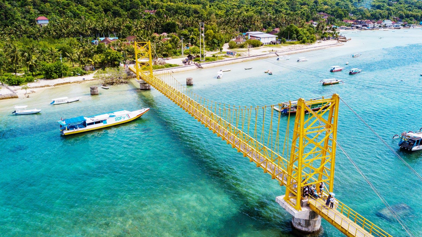 Wisata Terbaik di Bali Nusa Ceningan