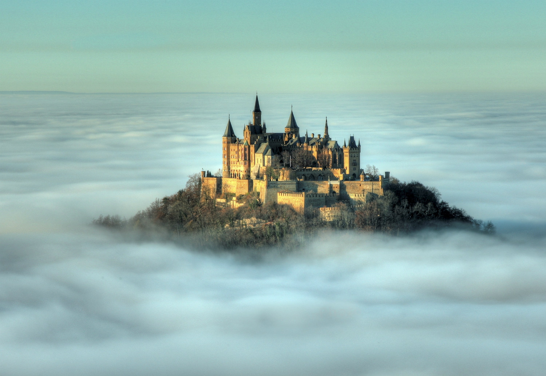 24 Wisata Tersembunyi Yang Menakjubkan