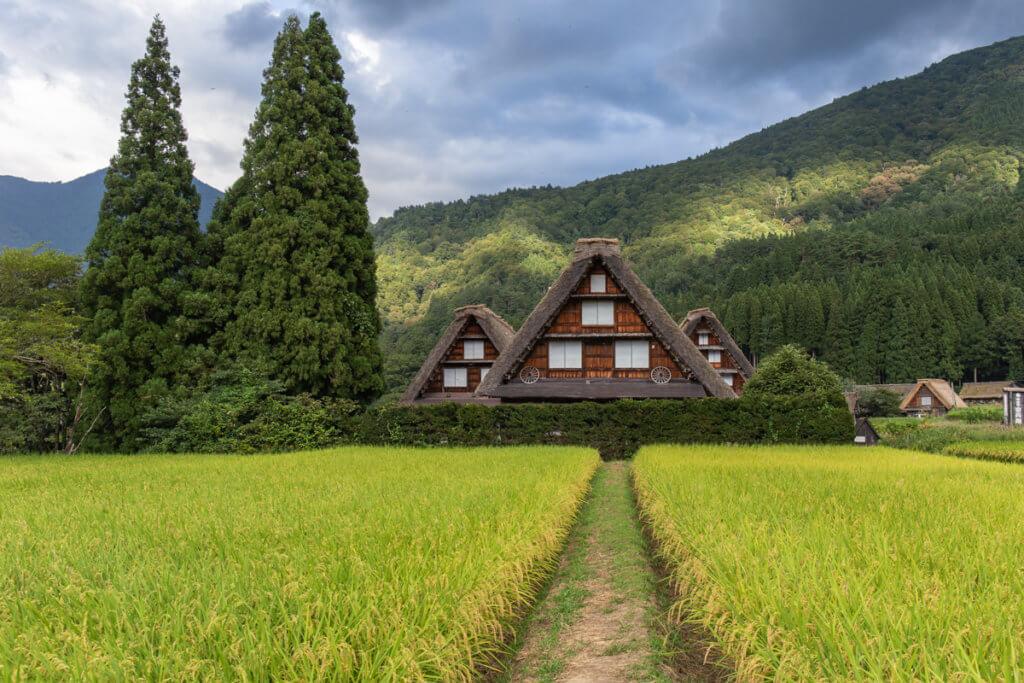 Menginap di Gassho-Zukuri Shirakawago