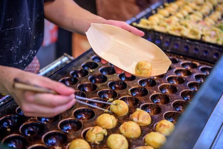 Takoyaki di Pasar Loak Tenjin San Market