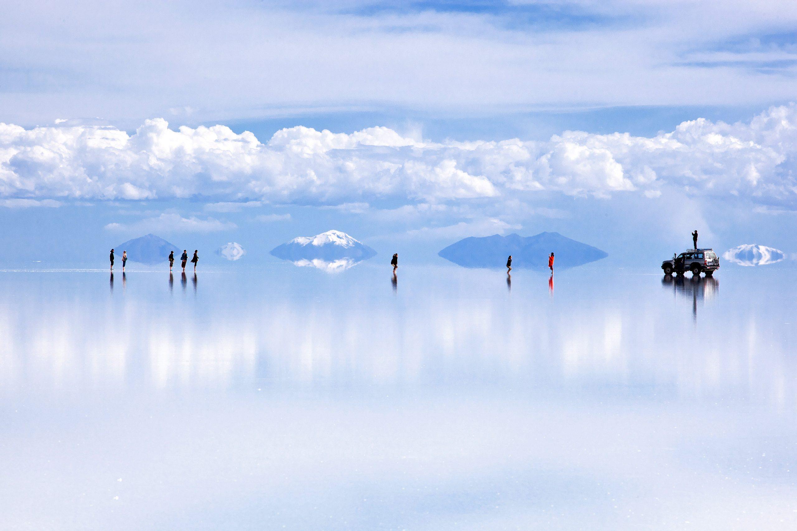 Wisata Tersembunyi Salar de Uyuni di Bolivia
