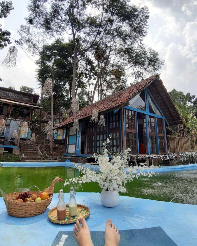 Kai Leisure & Cafe Bandung Penginapan Bernuansa Alam Terbaik
