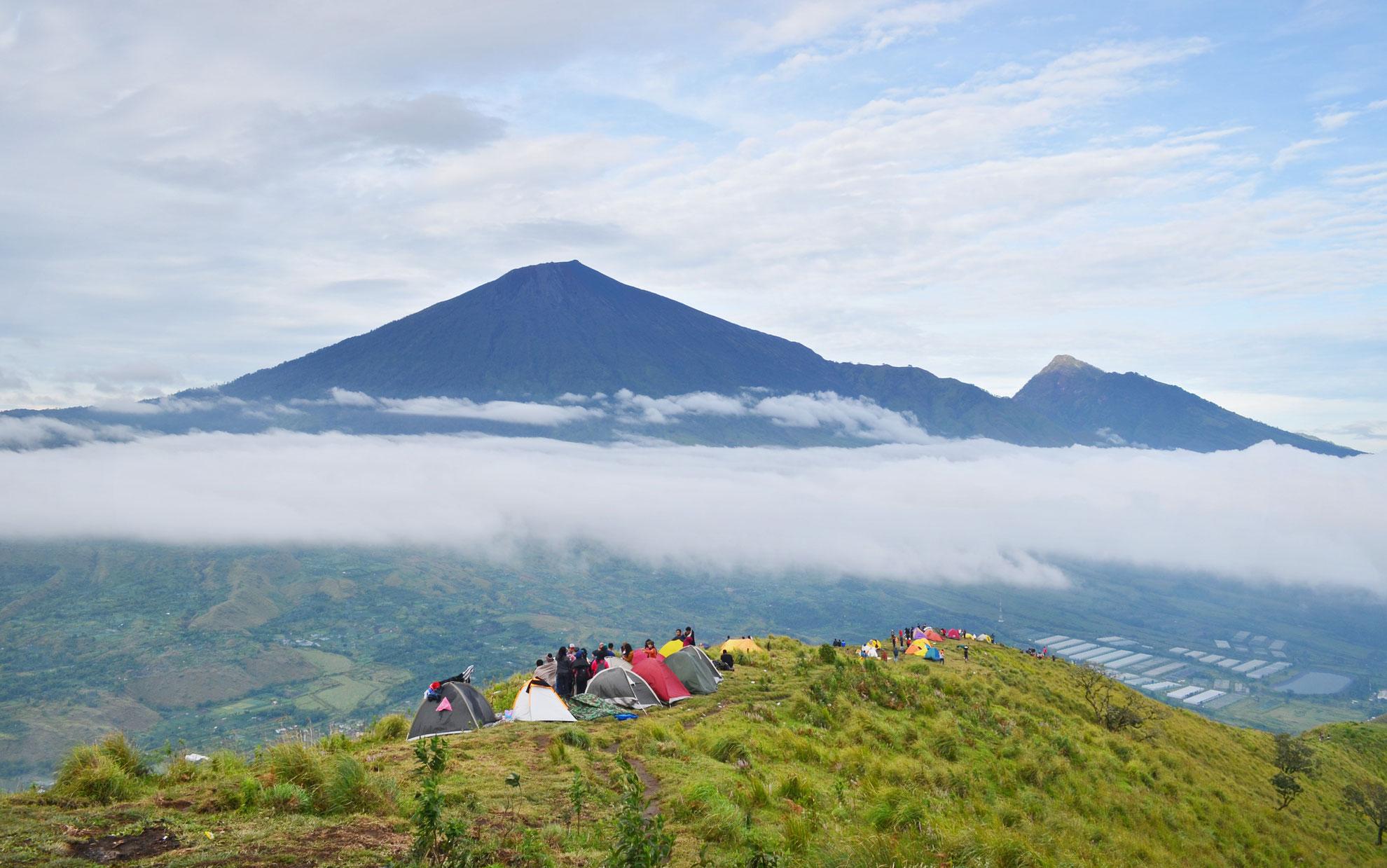 Mendaki Bukit Pergasingan Yang Spektakuler di Lombok