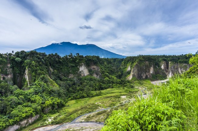 Ngarai Sianok di Sumatera Barat