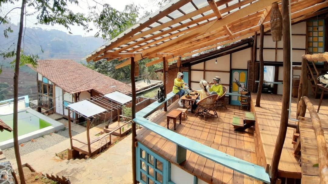 Penginapan Kai Leisure & Cafe Bandung