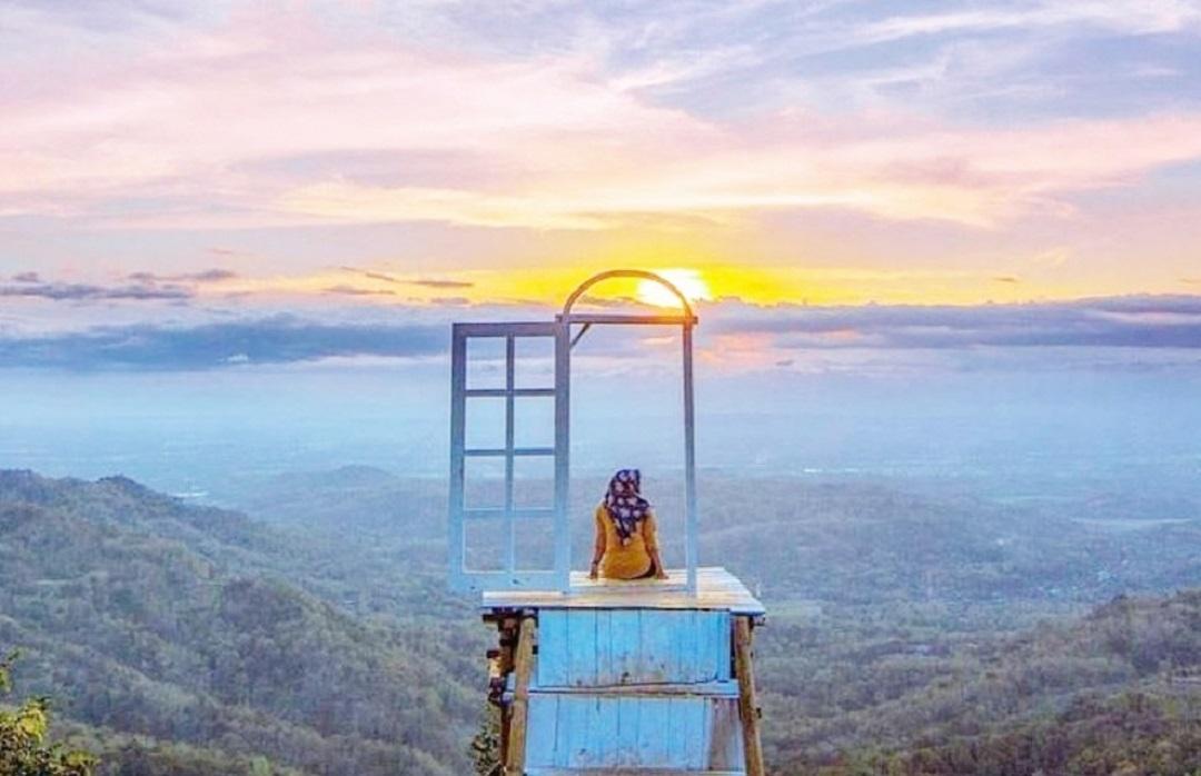Wisata alam Pintu Langit Dahromo Jogja