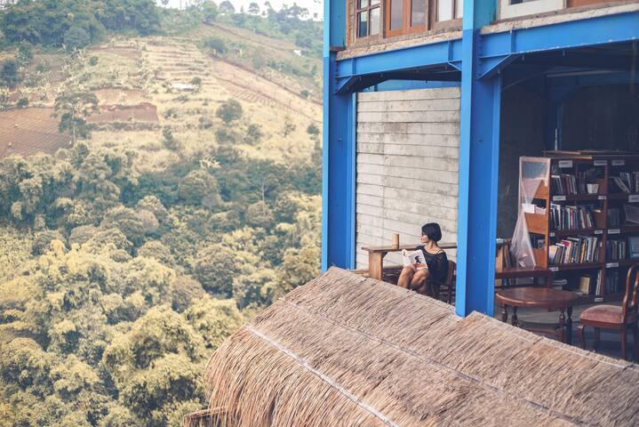 Imah Jandela Bukit Saung Bambu Bandung