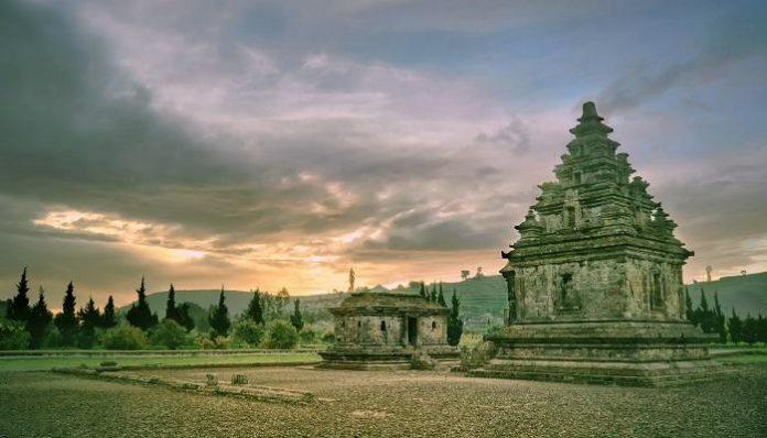 Wisata Candi Arjuna Dieng Peninggalan Kerejaan Mataram