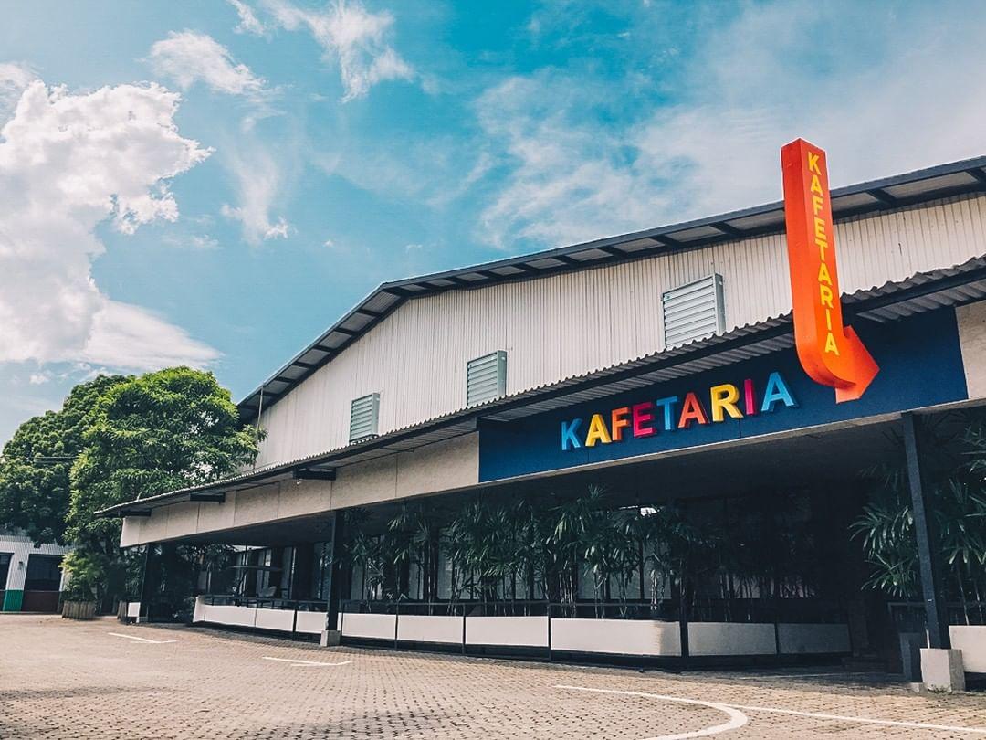 Wisata Kuliner Kafetaria Paberik Badjoe Bandung
